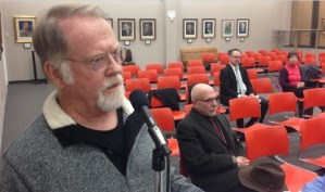 Resident Calls on City Council to Increase Efforts to Interact and Discuss Issues with Public