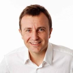 Dr. Cornis Van der Lugt