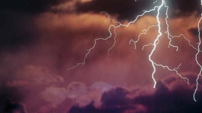stormy weather_541465