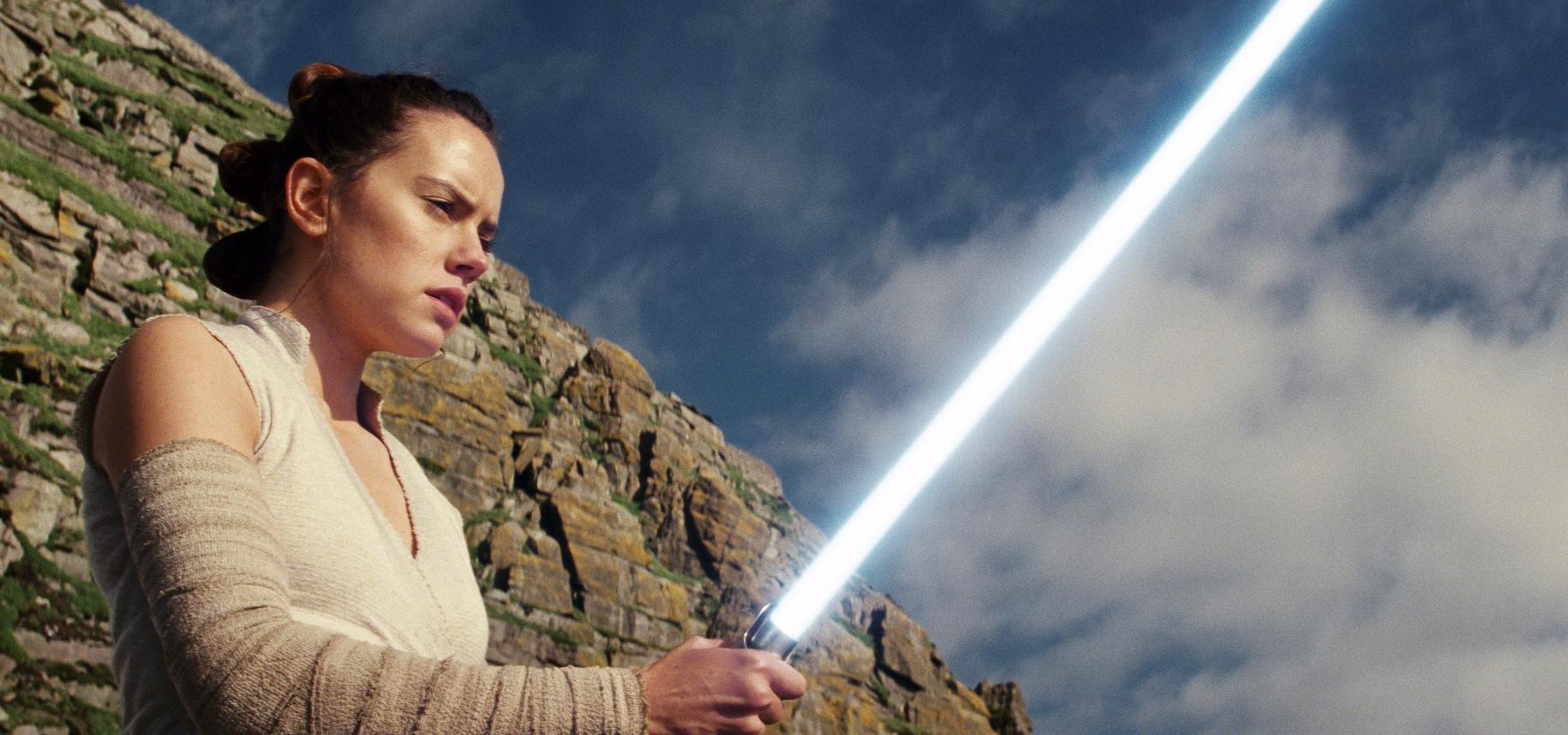 Star_Wars_Celebration-Episode_IX_Panel_65372-159532.jpg95731915