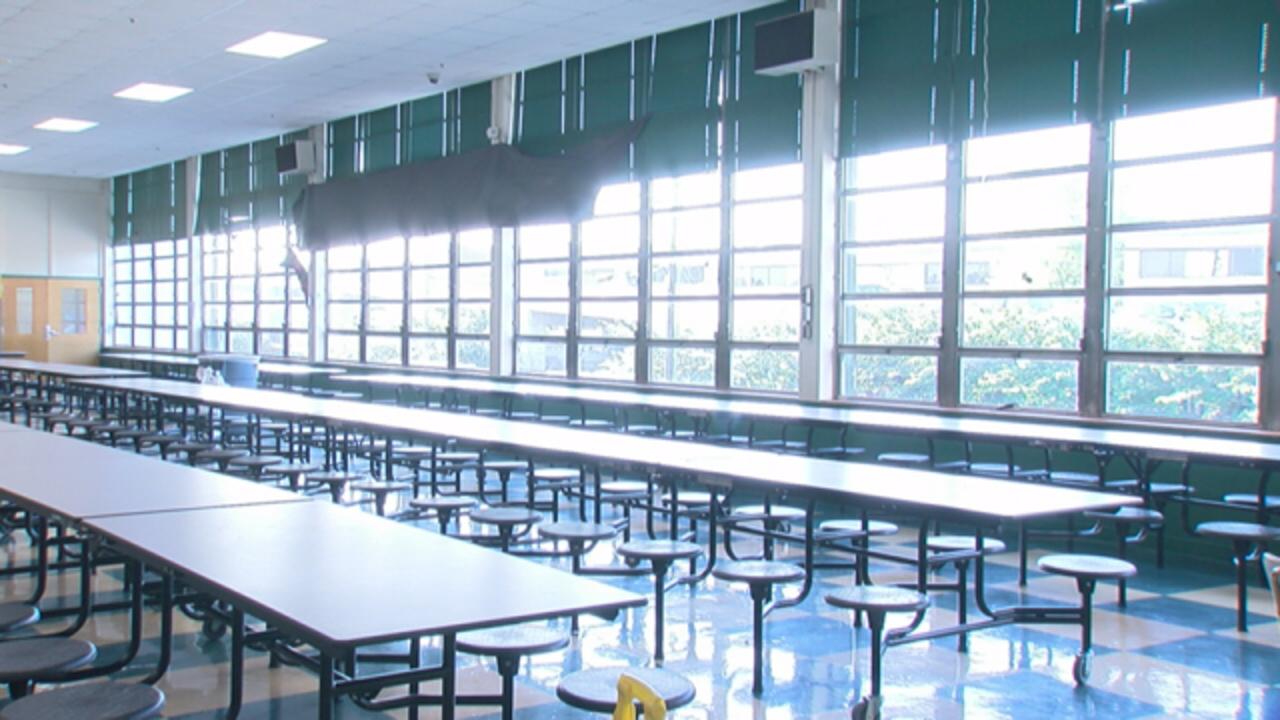 school lunch room generic_1524861515936.jpg_40988991_ver1.0_1280_720_1555516526917.jpg.jpg