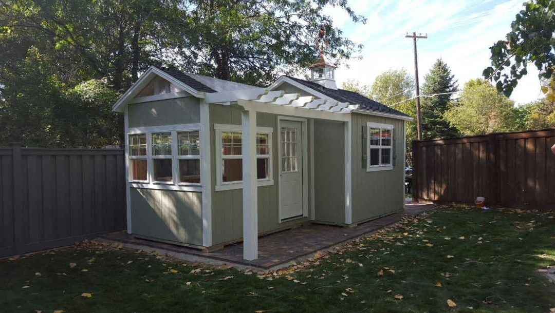 6 Reasons to Build a Shed in Your Back Yard