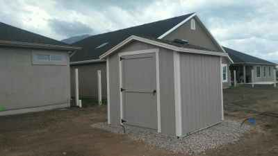 custom vineyard sheds overhang