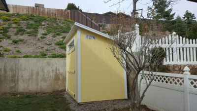 lean-to shed yellow