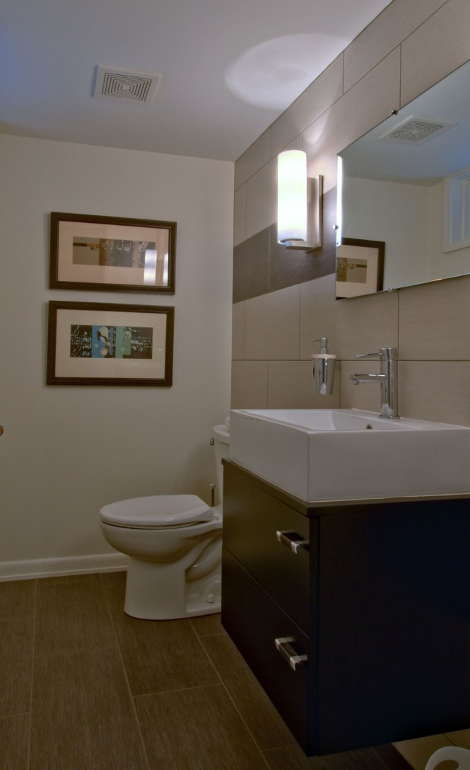 Interesting 80 remodeled half bathrooms decorating design for Bathroom remodel indianapolis