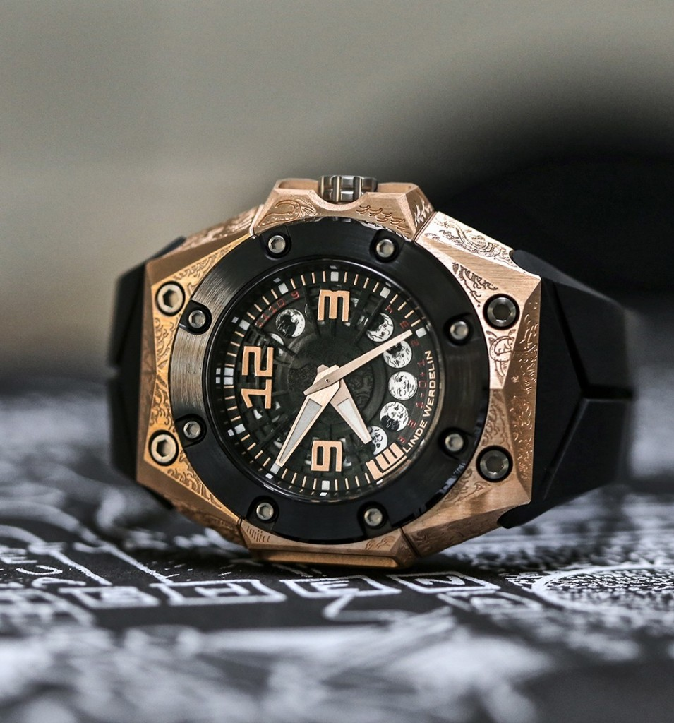 linde_werdelin_oktopus_moon_tattoo_side_art