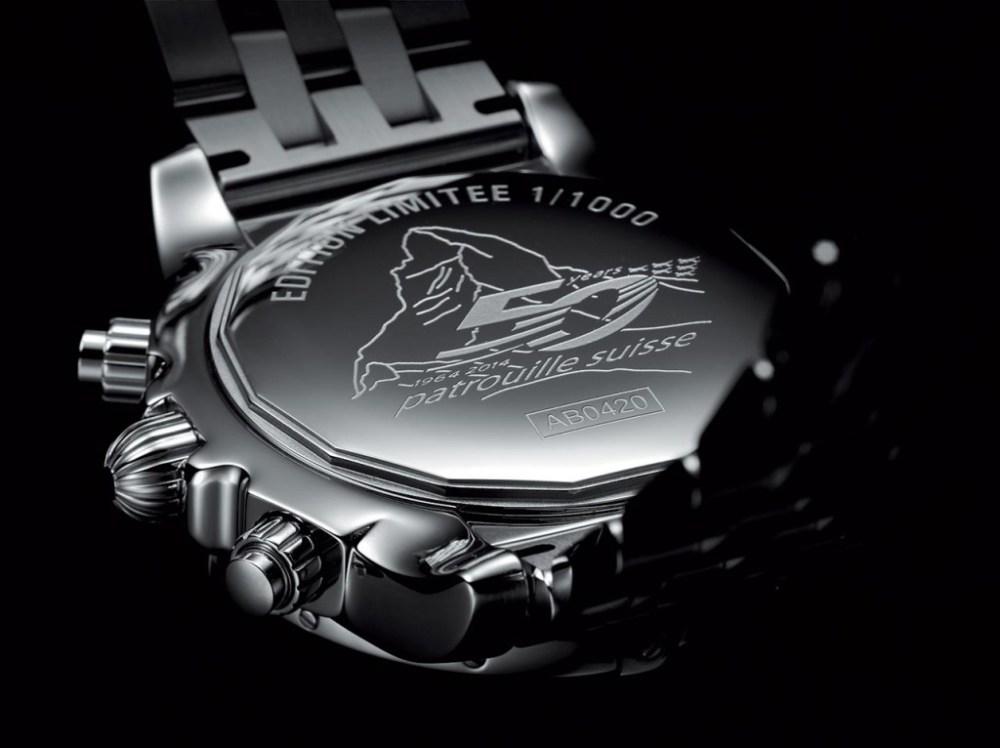Chronomat-44-GMT---Patrouille-Suisse-50-ans_Original_2121