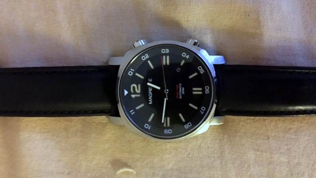 Magrette-Dual-Time-Reader-Review-03