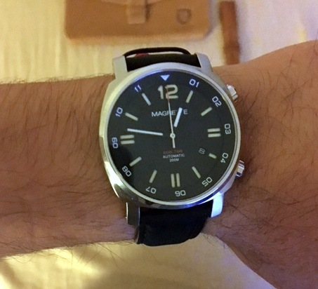 Magrette-Dual-Time-Reader-Review-04
