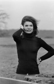 Jackie-Kennedy_Getty-Images-1200x1858