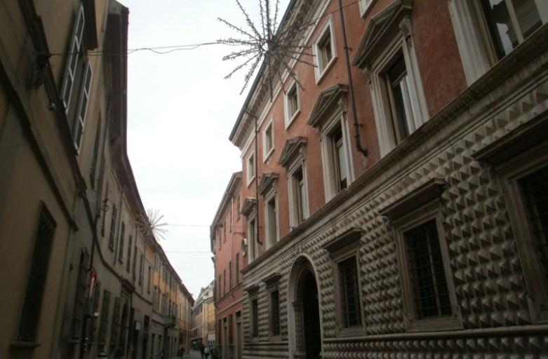 Piacenza – osobliwe i niebanalne miasto Włoch