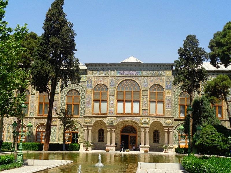 Pałace Teheranu. Przepych i wielka historia w tle
