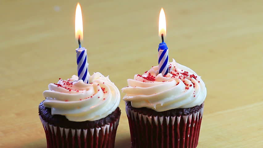 second blogiversary, blogiversary, cupcakes, candles, two