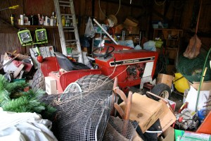 How much more stuff can fit into this garage?