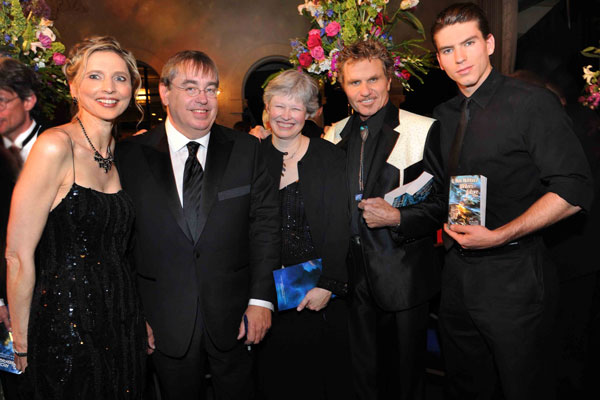 Gunhild Jacobs, Patrick O'Sullivan with his wife with his wife, Martin Kove and Jessie Kove
