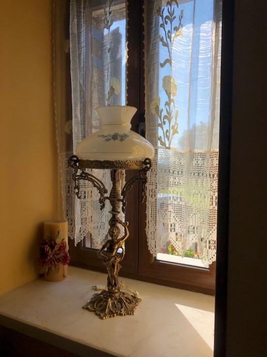 Light in the lounge in La Casa Grande
