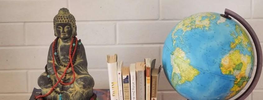 Declutter the bookshelf