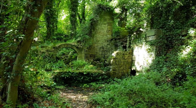 Lumsdale Valley ruins
