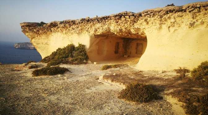 Dwejra Bay, Cart Ruts, Phoenician Temple