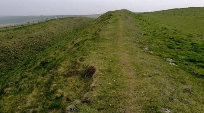Avebury Walk: East Kennet to Wansdyke to the roman Road, Oldbury Castle, Avebury