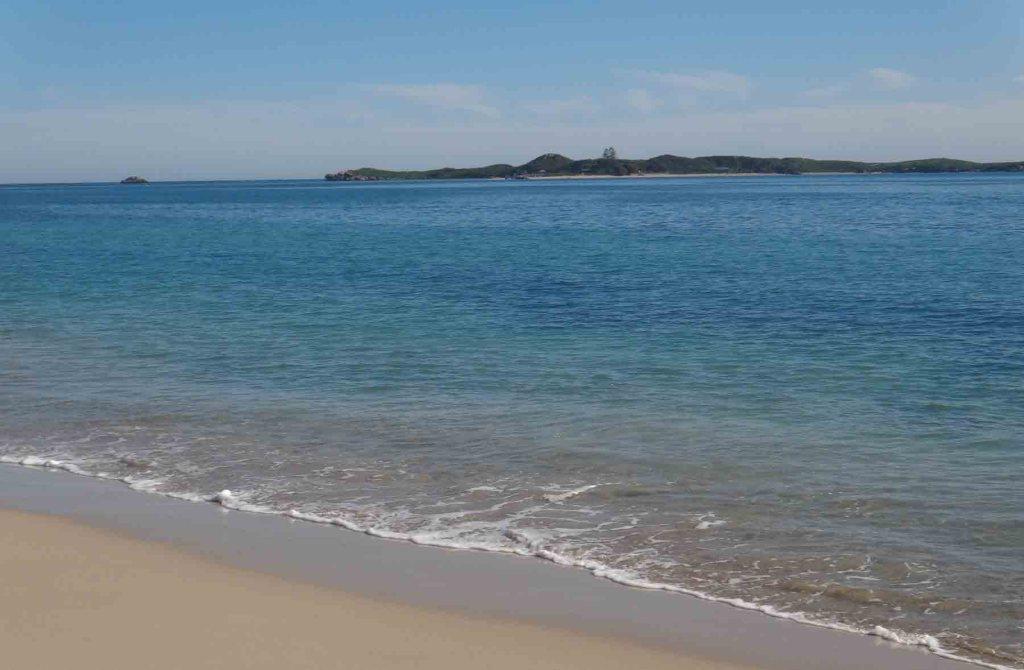 https://www.writteninwaikiki.com/why-i-dont-drive/ Rockingham Beach Western Australia
