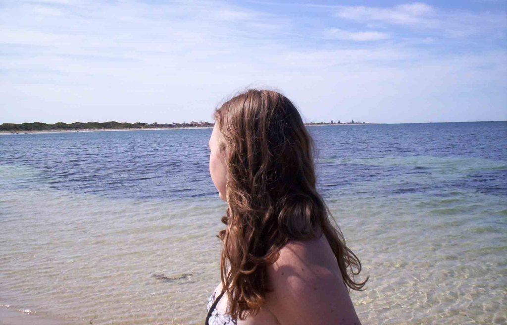 https://www.writteninwaikiki.com/wp-content/uploads/2018/09/letter_to_15_year_old_self Woman walking near beach Western Australia