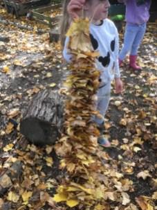Making a leaf garland