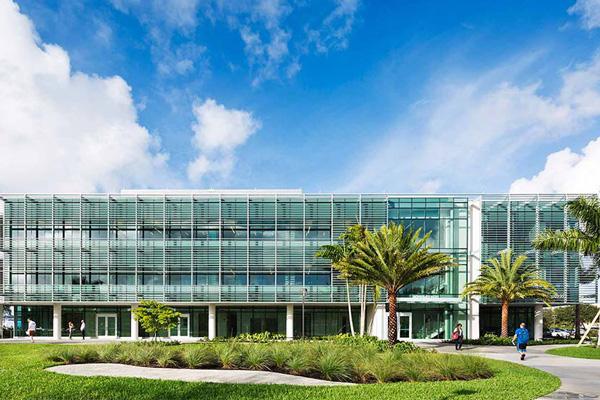 Lynn University Business Center