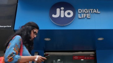 Jio Platforms Stake Acquisition by Facebook's Jaadhu Holdings Gets CCI Approval