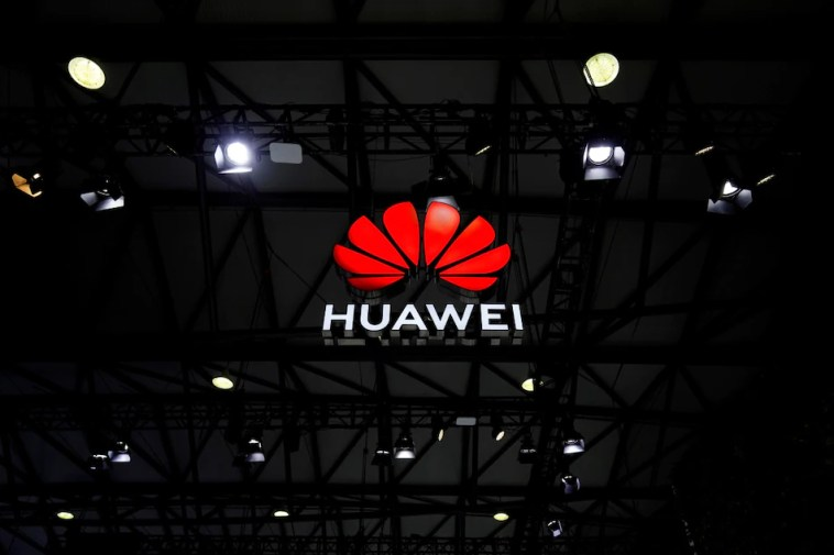 Huawei Plans to Invest $1 Billion on Electric Vehicles and Smart Cars Amid US Sanctions