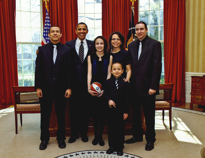 jodi_gillette_and_family_with_president_obama
