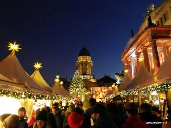 Na Gendarmenmarkt jest raczej tłoczno