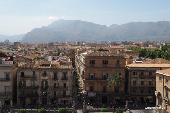 Widok na Palermo z dachu katedry