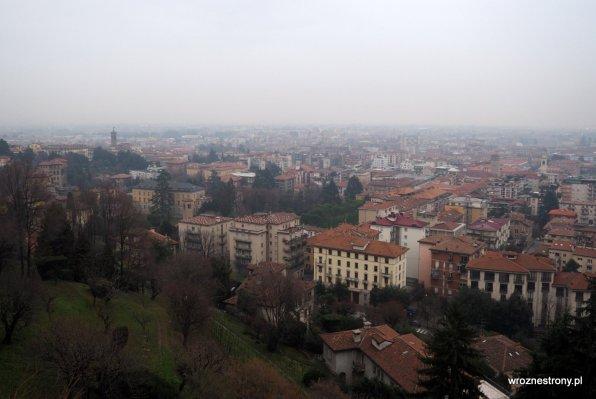Deszczowy dzień w Bergamo