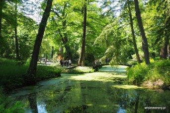 Park przy zamku w Mosznej