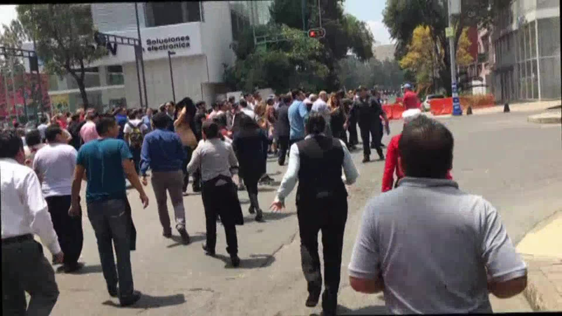 Magnitude 7.1 earthquake hits Mexico City