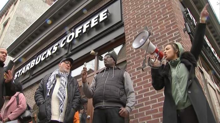 Protests_follow_Starbucks_arrests_0_20180416231706