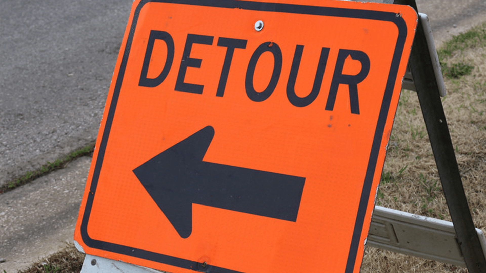 DETOUR SIGN_1532466134600.png.jpg
