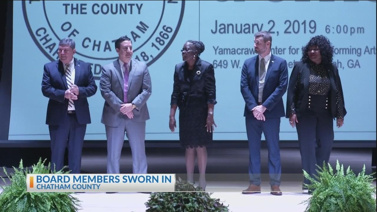 New_school_board_leaders_sworn_in_0_20190103125551