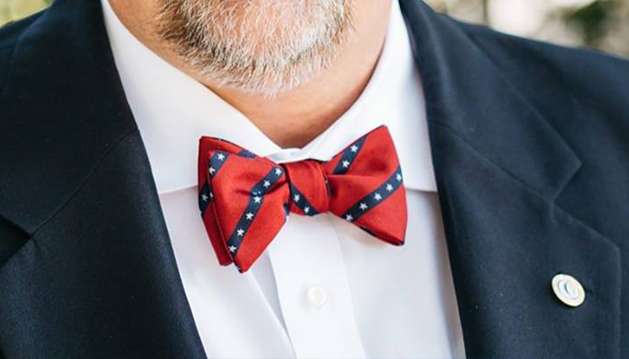 a75ca97aa1f9 Beaufort County Councilman under fire for bow tie | WSAV-TV