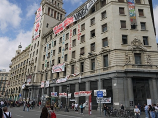 Bank occupied during general strike in Barcelona