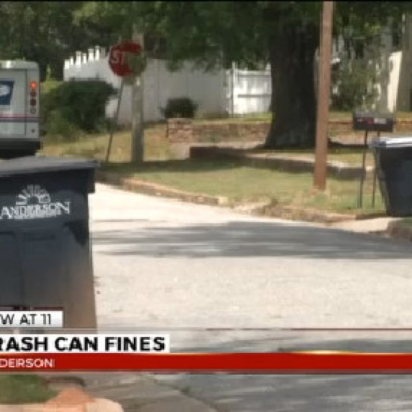 Trash can ordinance could impose fines for Anderson City residents_183091