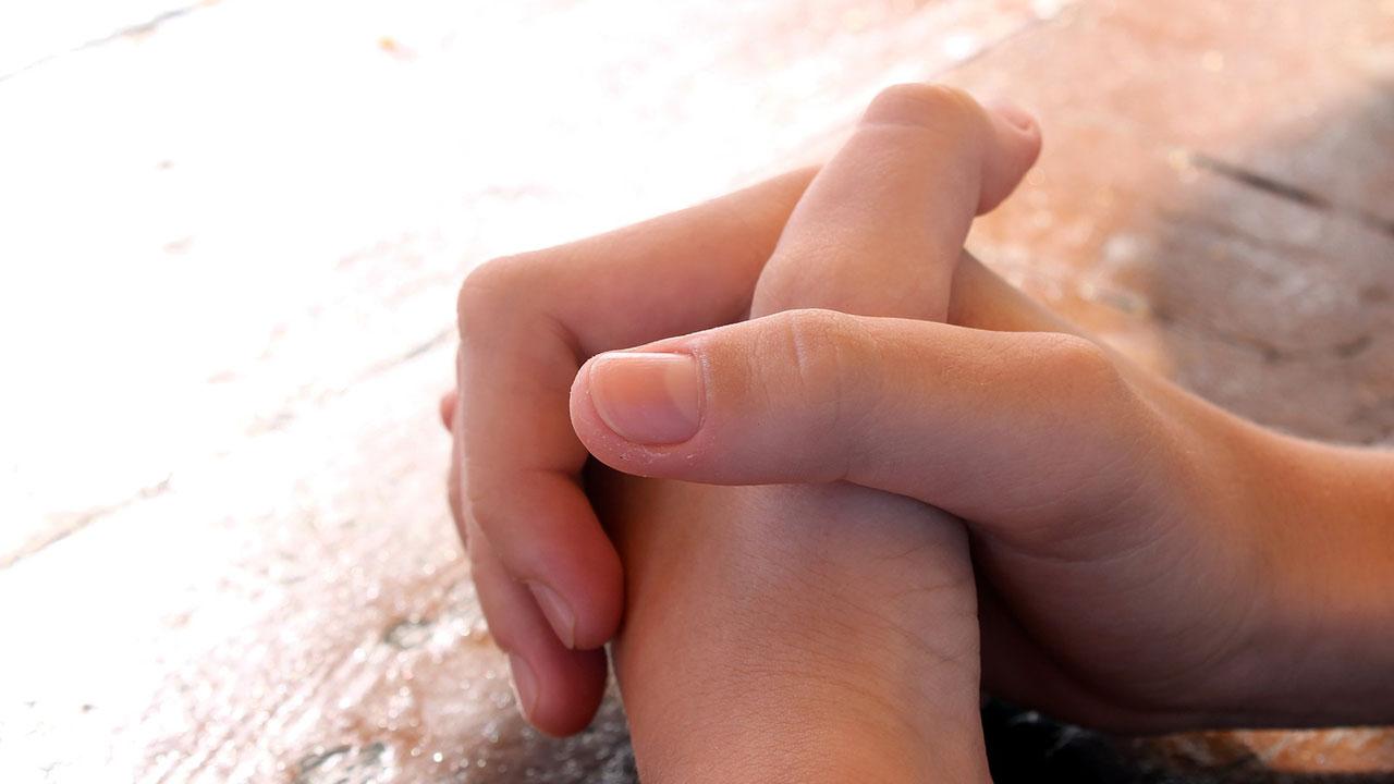 prayer praying hands_229564