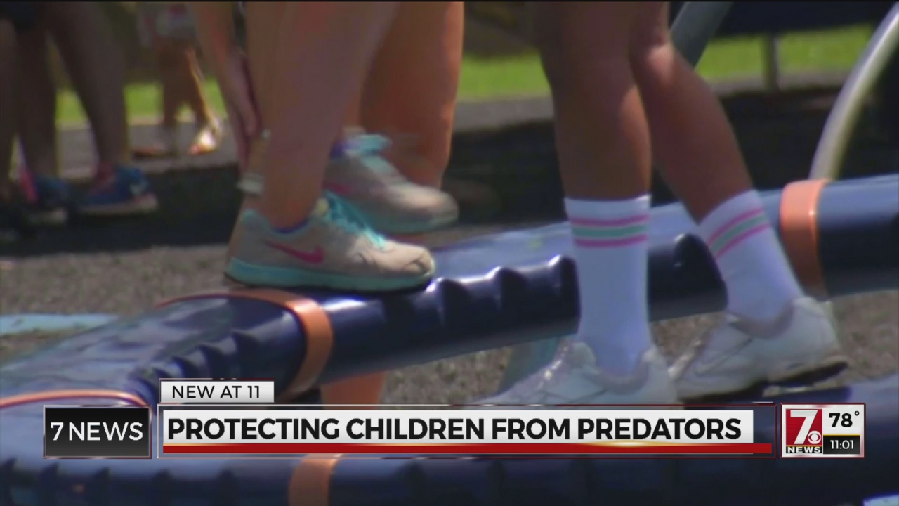 protect kids from predators_227717