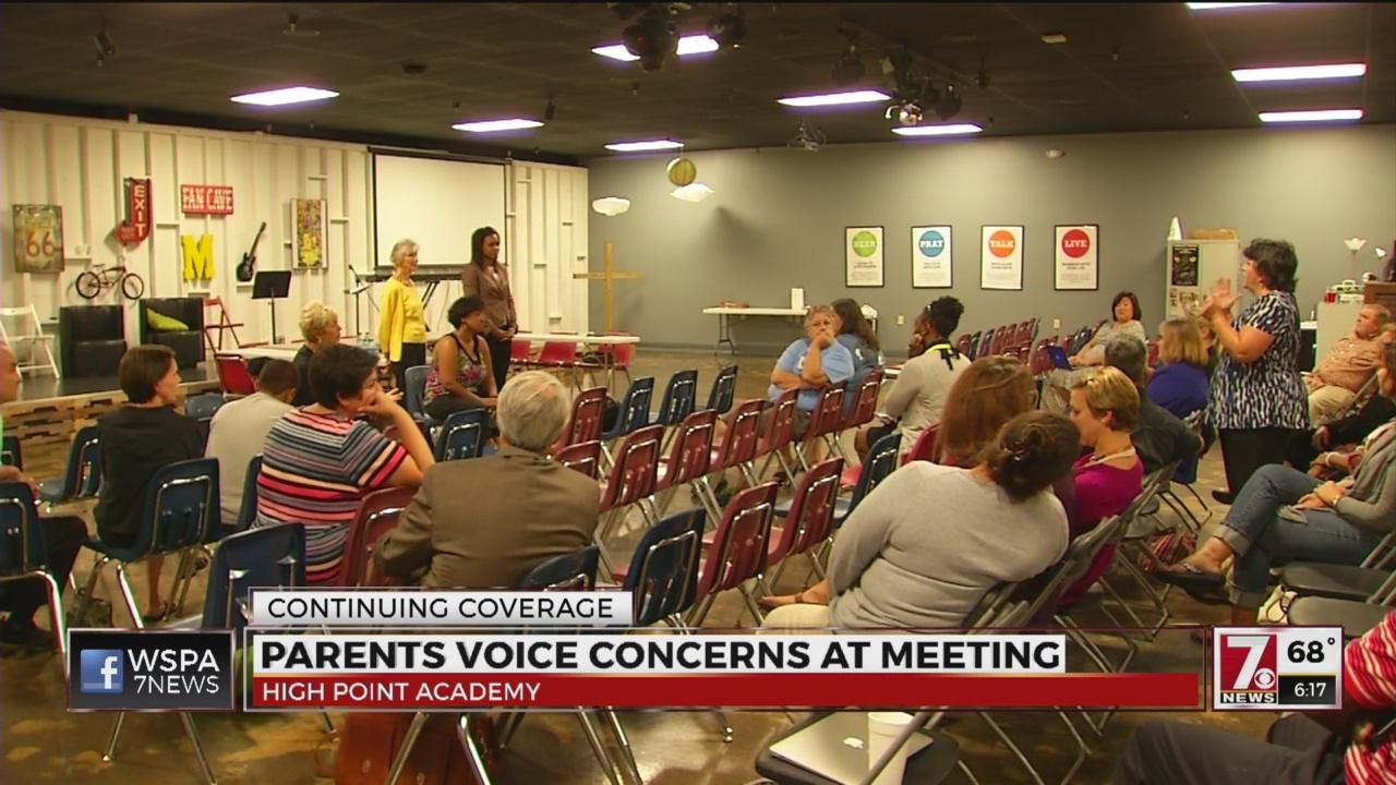 parents-voice-concerns-at-meeting_250983
