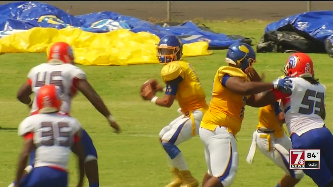 Jackson Shines as Wren Rolls Past James Island, 62-34