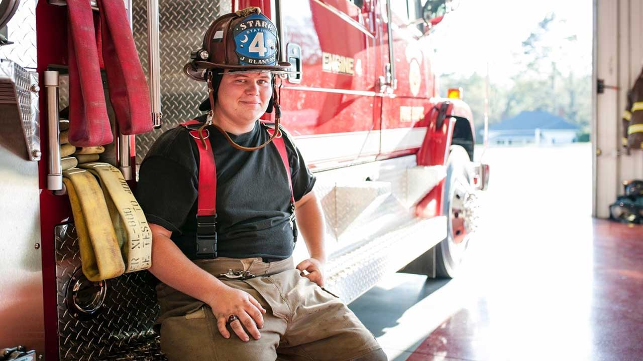 fire-fighter_494876
