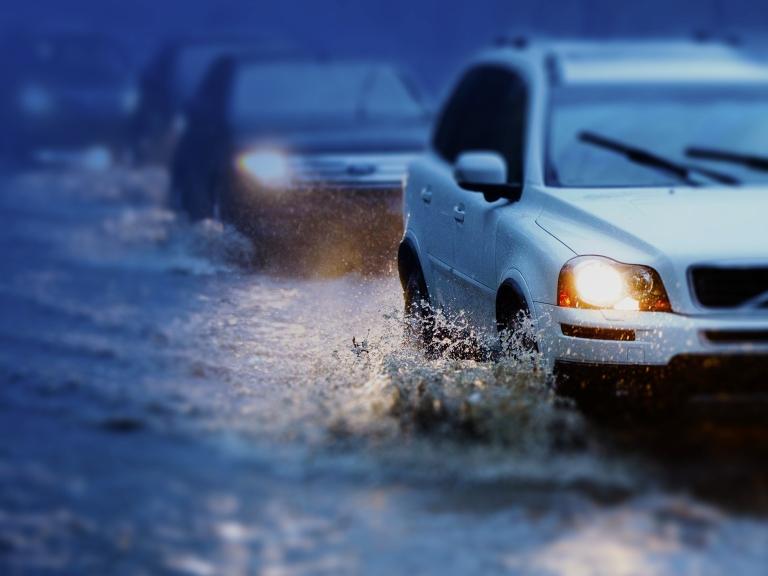 Flooding cars streets rain Generic_109059