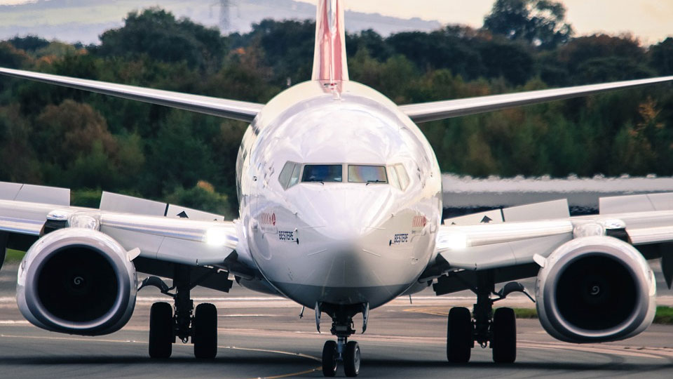 airlplane-generic_1548431252095.jpg