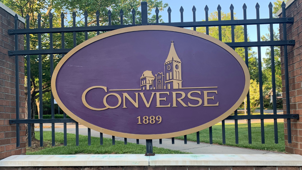 Converse College sign _1557879103445.jpg